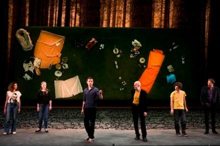 """Théâtre de la Colline 2012-12  répétitions"""" Tristesse Animal Noir""""de  Anja Hillingmes Stanislas Nordey"""