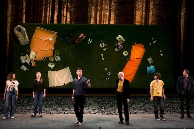 """Théâtre de la Colline 2012-12  répétitions"""" TristesseAnimal Noir""""de  Anja Hillingmes Stanislas Nordey"""