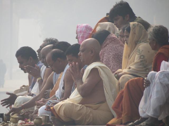prières Gange Varanasi