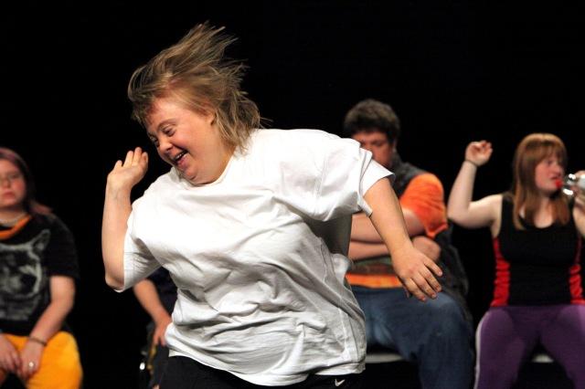 UOVO-2013_-artista-Theater-HORA-Jérôme-Bel-_-titolo-Disabled-Theater_-foto-di-Ursula-Kaufmann-web[1]