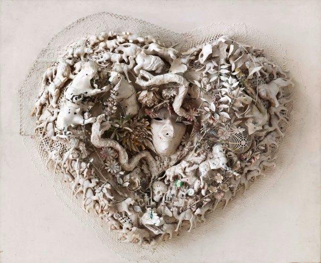 09) heart