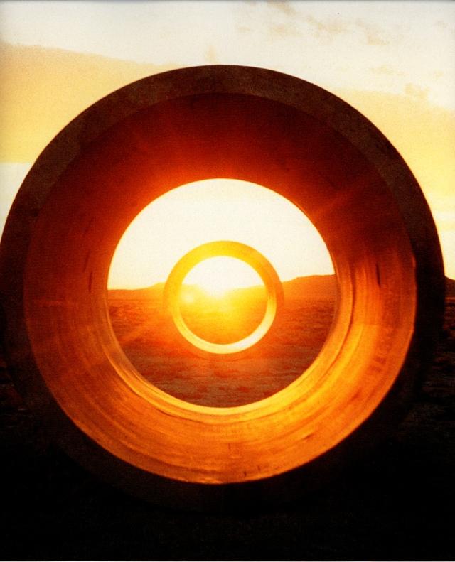 b2-sun-tunnels2-holt_73-76