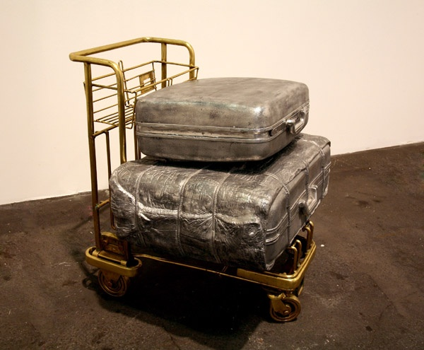 Subodh-Gupta-Everything-is-Inside-NGMA-New-Delhi-Kuwait-to-Delhi-2006 (1)