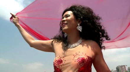 Wong_2011_BijiDiva_Part1_Still_musicvideo01