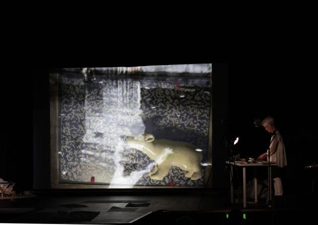 Joan-Jonas-Reanimation-Documenta-13-2012.-Foto-Maria-Rahling-3