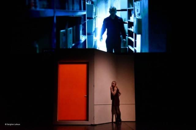 Théâtre-national-RADIOSCOPIES-LEscalier-rouge