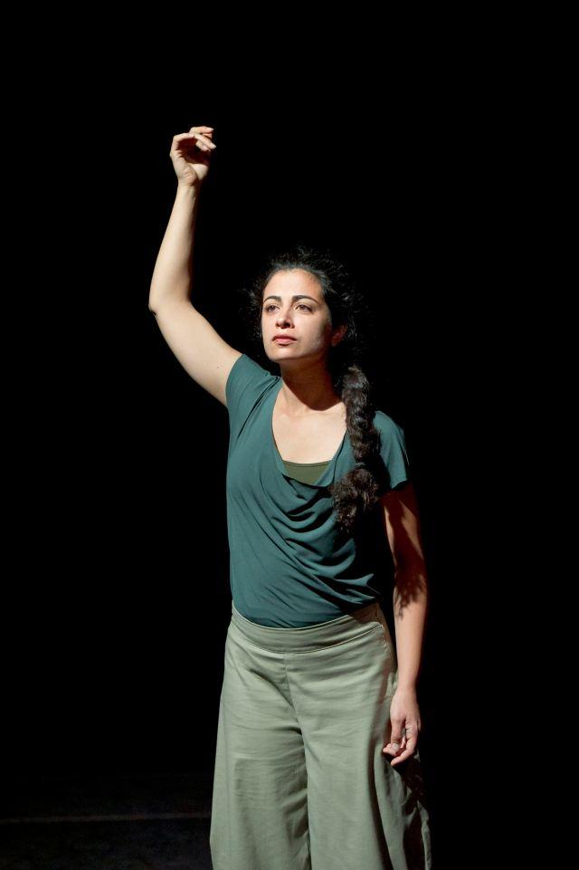 """"""" Mes mains sont plus agées que moi """" de Danya Hammoud"""