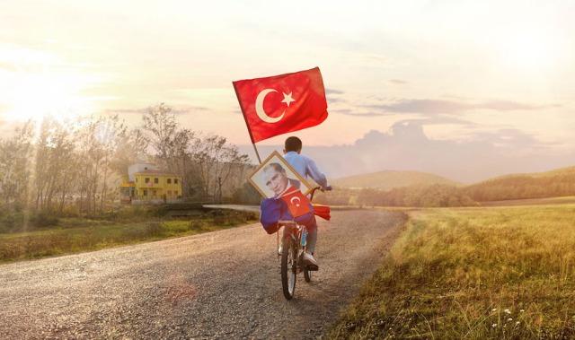 Turkcell-29-Ekim-Cumhuriyet-Bayramı-Görseli_-1