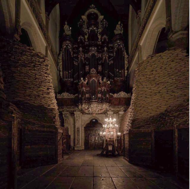 Adrián Villar Rojas - Installation Poems for Earthlings at Oude Kerk
